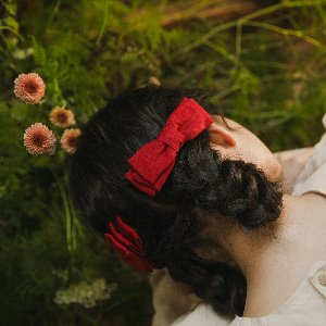 Linen pinch hair bow - red